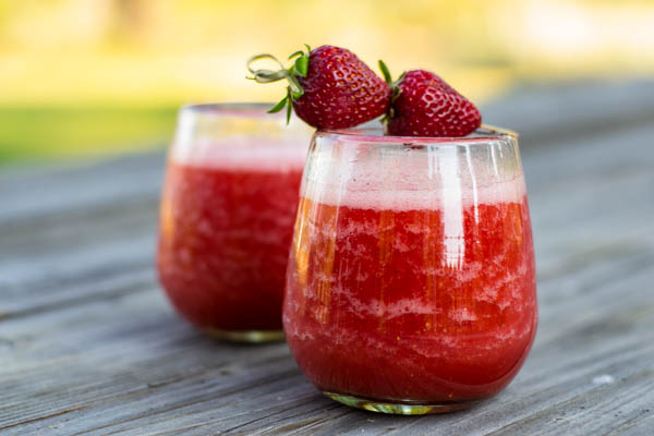 Strawberry Rose Wine Cocktail Slushy
